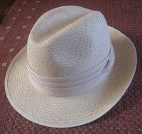 953px-Panama_hat
